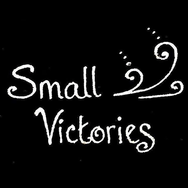 Back by popular demand — it's Small Victory Sunday! Did you overcome fears, stay grounded, practice self-care, reach out for help, or support someone else this past week?  Whatever the size of your victory — if you're comfortable sharing it, we'd love to celebrate with you. :)