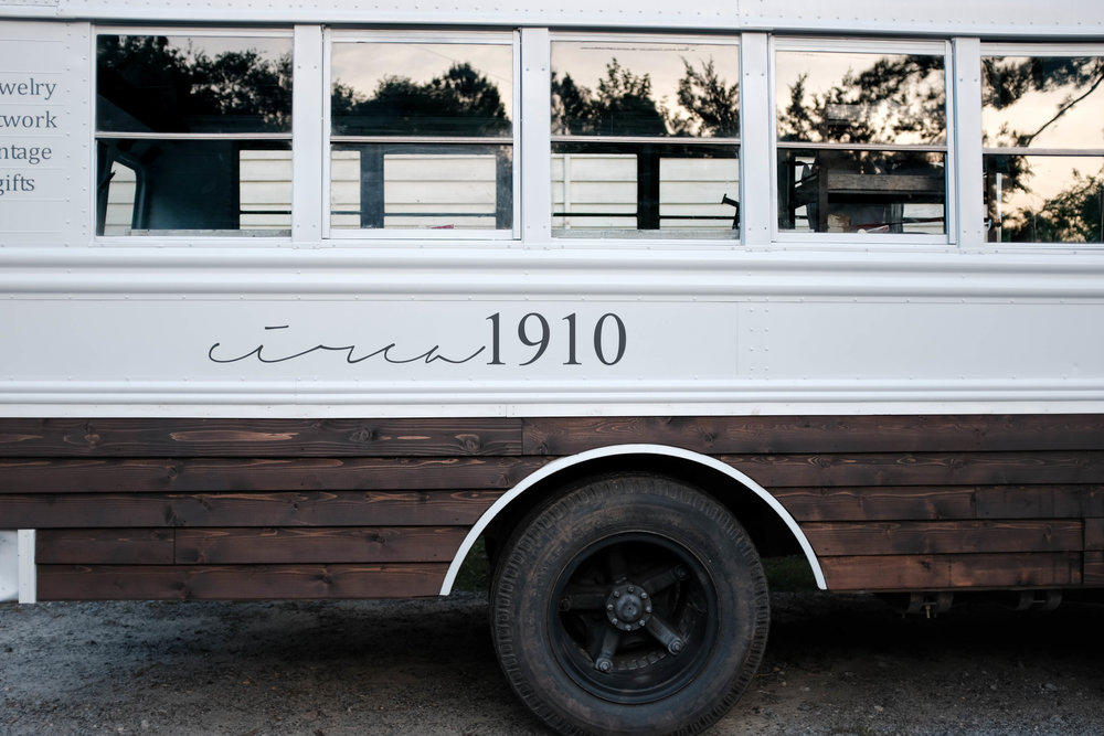 Vintage bus wood work jewelry boutique short bus cedar mobile boutique store circa1910 romantic homes magazine