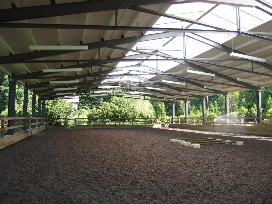 equestrian_arena_04.jpg