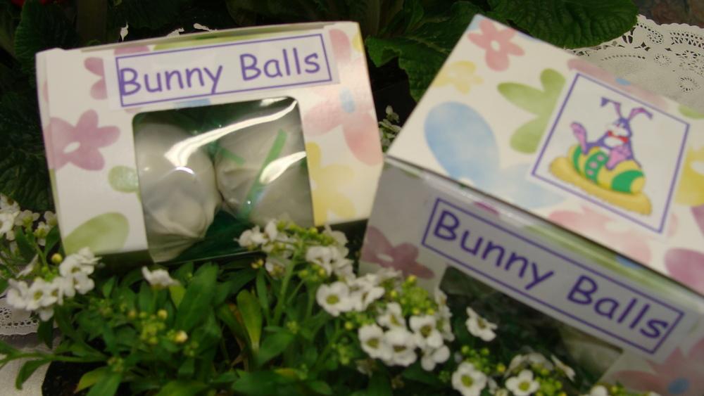 easter bunny balls 2 (2).jpg
