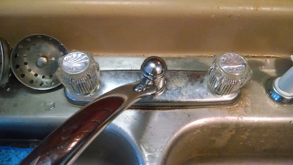 hot-cold-faucet