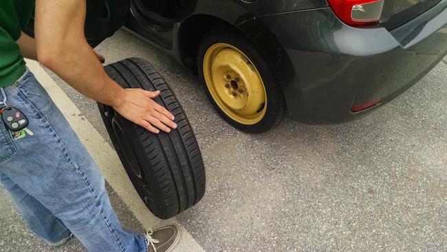 flat-tire-donut