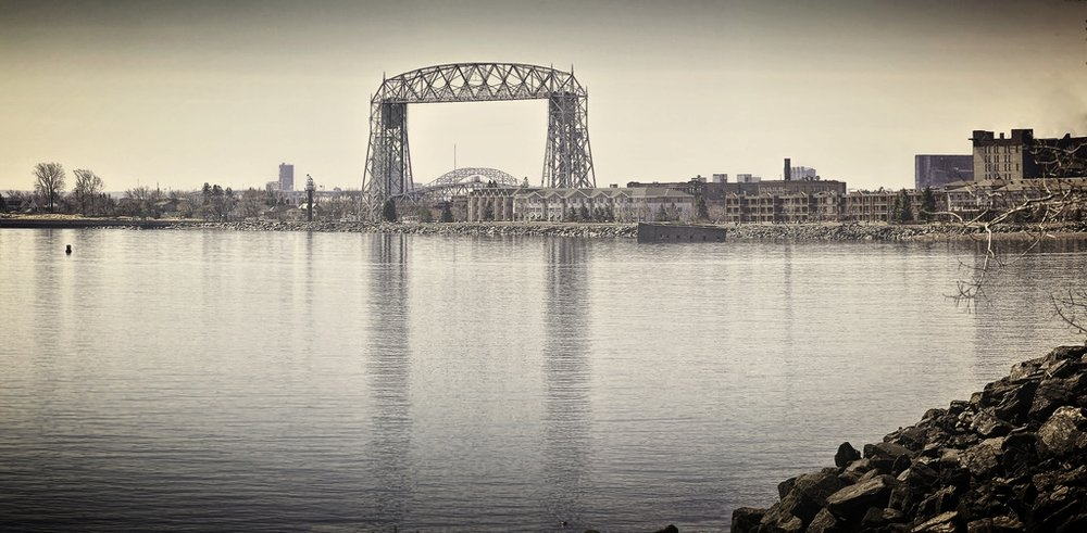 duluth lift bridge resuable.jpg