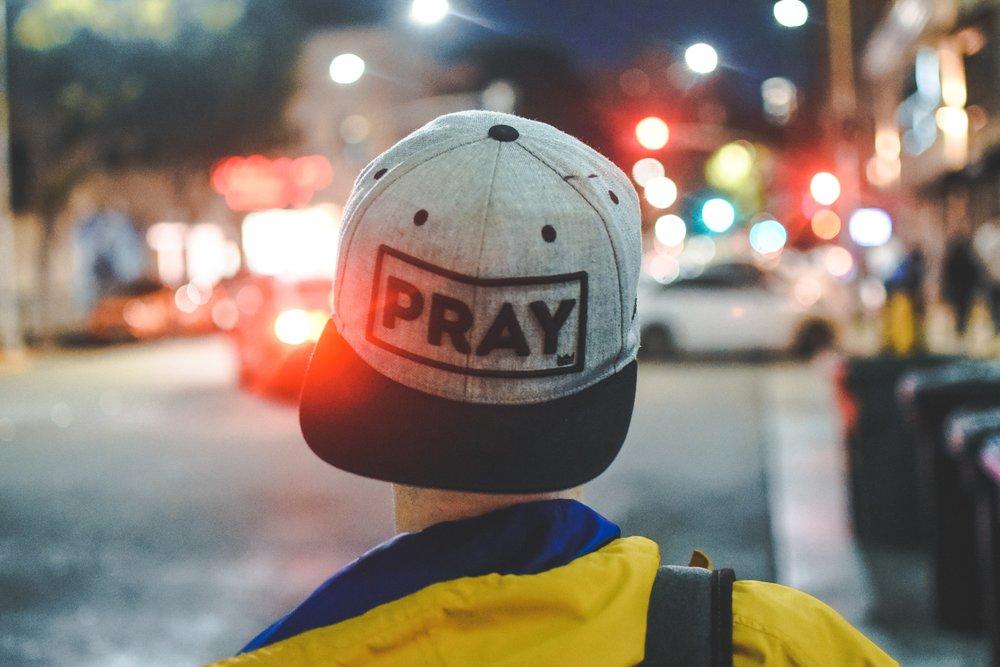 engage-church-duluth-men-prayer