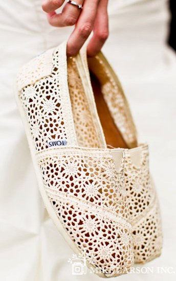 Toms-crochet-shoes.jpg