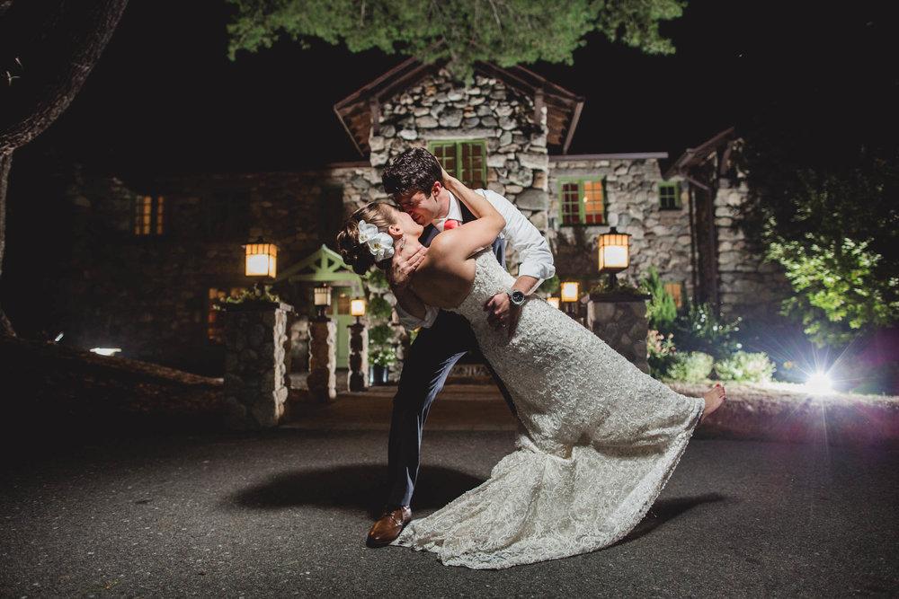 Willowdale-wedding-photography-35.jpg