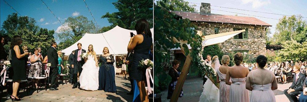 Willowdale-Estate-Wedding-35.jpg