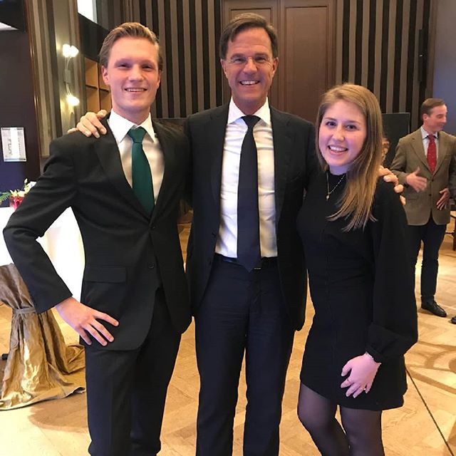 Yesterday, Julia had the opportunity to meet the Dutch prime minister at the Tilburg University Society. Maybe, someday students will stand next to her... #primeminister#fractieSAM #universitycouncil
