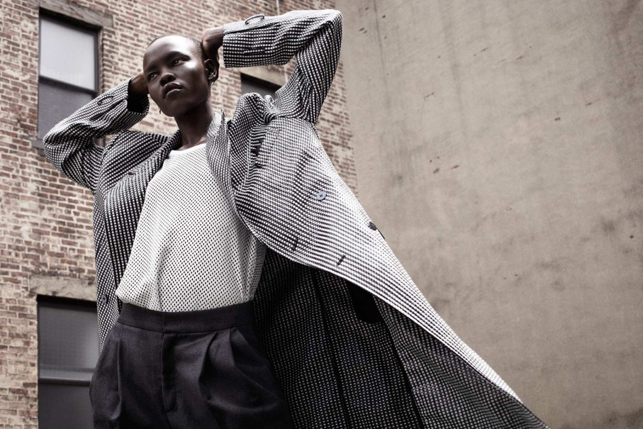 110-model-interview-Grace-Bol-6-907x605.jpg