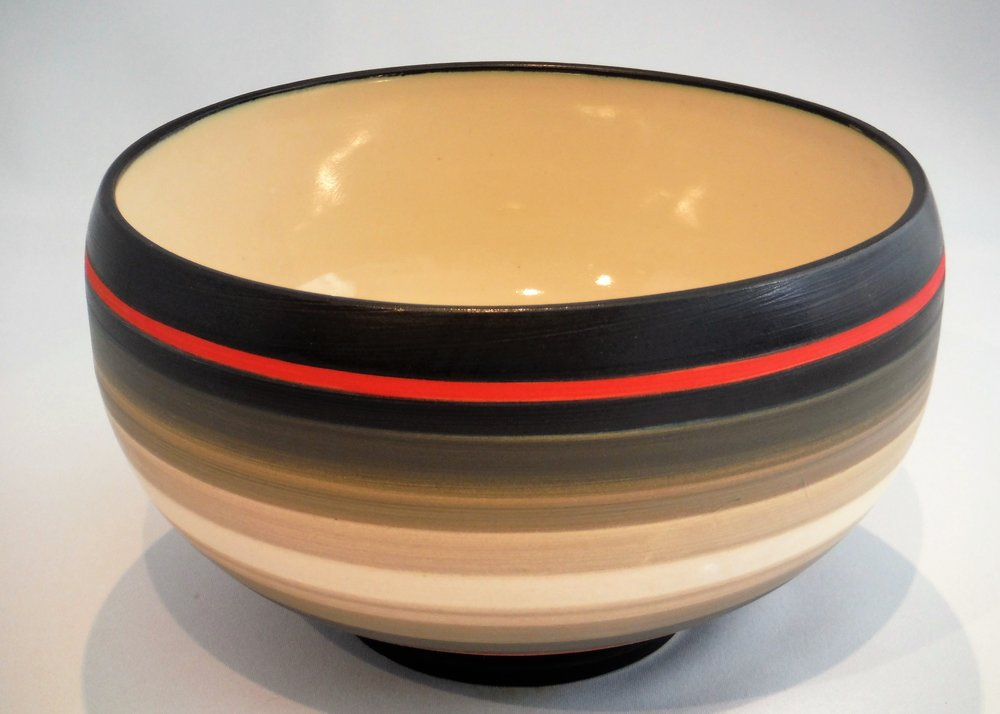Ceramic bowl by Kuno Egger