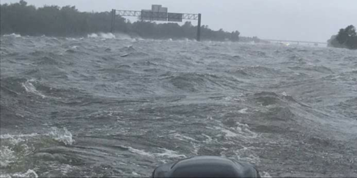 This is a view of the Interstate 10 Highway facing East in Houston at the time of this article being written.