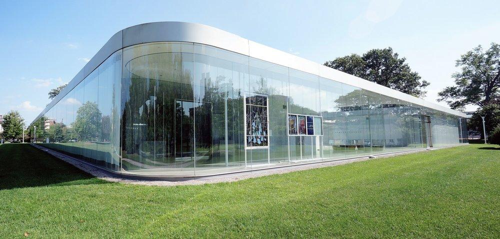 SANAA-.-Glass-Pavilion-at-the-Toledo-Museum-of-Art-.-Ohio-2.jpg