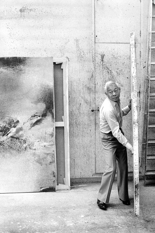 In his studio in Paris, 1982. Photo: Andersen