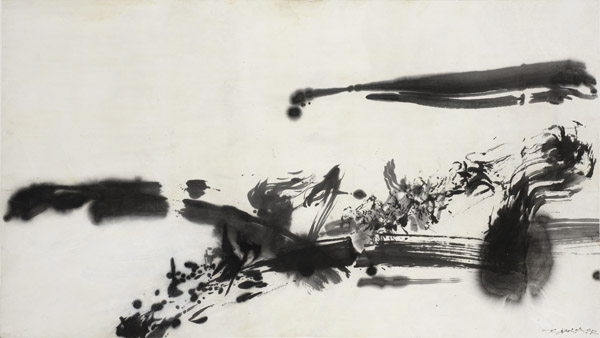 Zao Wou-Ki, Sans titre (Untitled), 1972. India ink on paper. 26 3⁄16 × 47 1⁄16 inches. Private collection, Switzerland. ©Zao Wou-Ki ProLitteris, Zurich. Photo: Antoine Mercier.