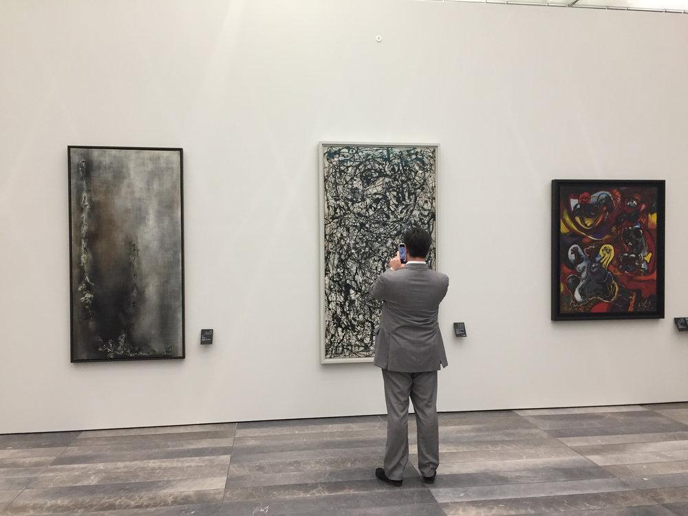 Zao Wou-Ki et Jackson Pollock au Louvre Abu Dhabi (photo E. Clavé)