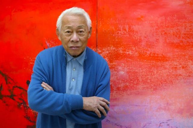 Zao Wou-Ki dans son atelier parisien le 06 novembre 2003. Photo : François Guillot - AFP