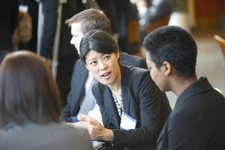 33-010914_speed_networking_086.jpg