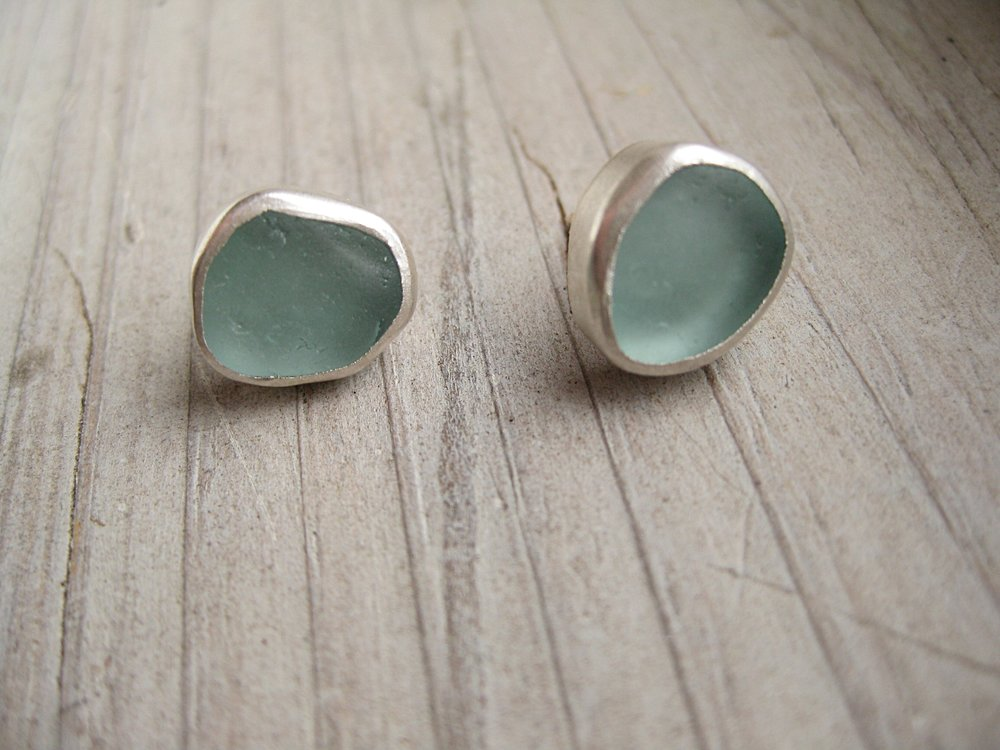 silver studs (feat. aquamarine seaglass)