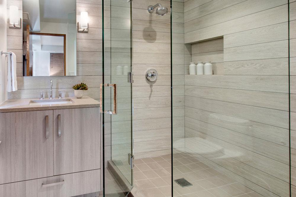 modern-shower.jpg
