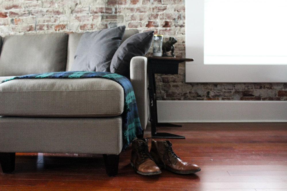Couch blanket scarf-039Floydsbutt.jpg