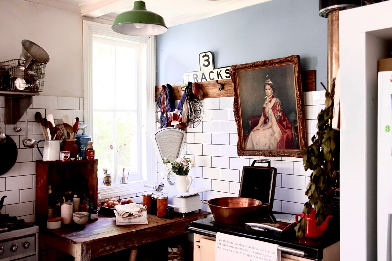 Kitchen window_preview.jpg