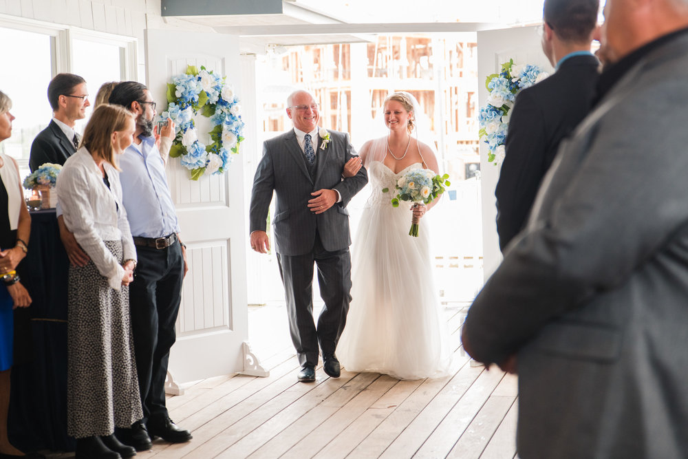 brant-beach-yacht-club-lbi-wedding-photographer-kayla-18.jpg