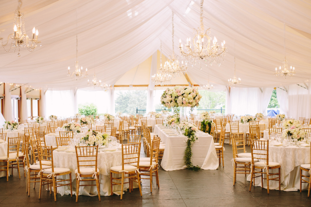Wedding at Castle Hill Inn in Newport, RI / Photo Courtesy Rebecca Arthurs Photography