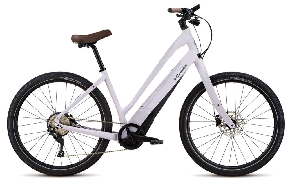 The Specialized Como features a side loading integrated battery so entering the frame is easy.