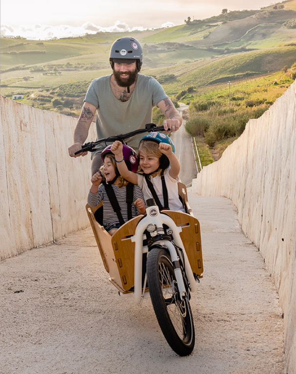 Yuba_Electric_Cargo_Bikes___Manufacturer_of_Cargo___Utility_Bikes__for_family_and_work.png