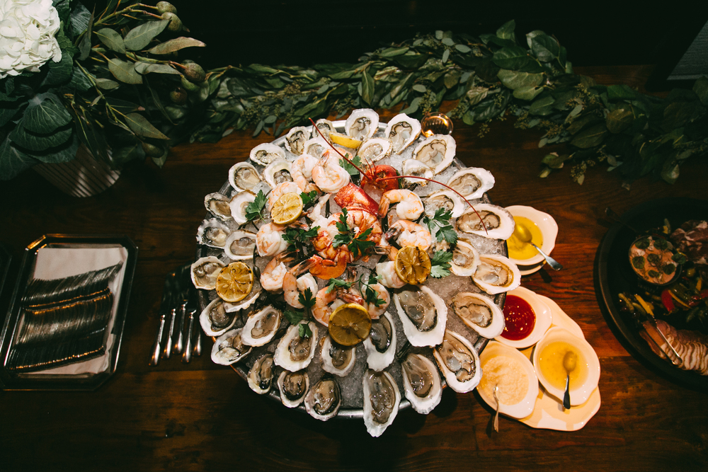Gatsby-wedding-lobster and oysters-Anthony-and-stork.jpg