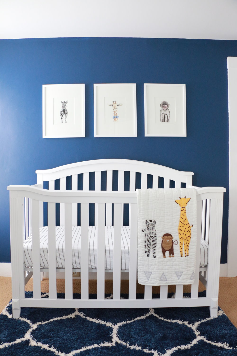 Anthony-and-Stork_jungle_animals_baby_nursery_2966.jpg
