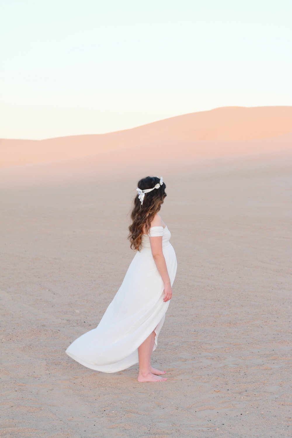 Anthony-and-Stork-Desert-Maternity-Shoot_2689.jpg