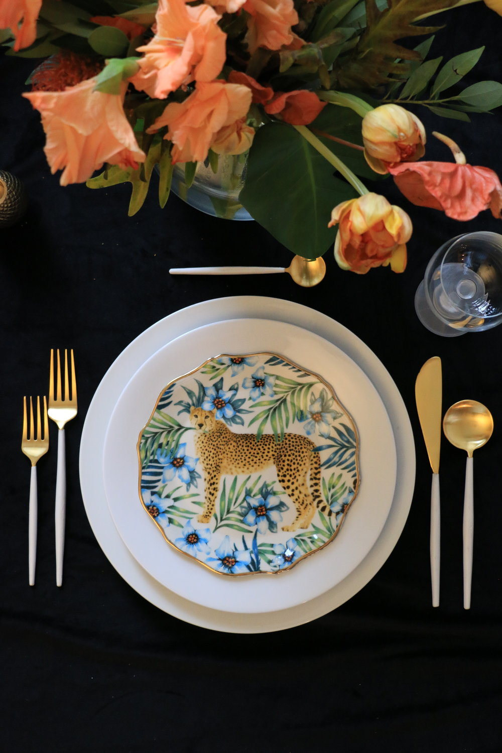 Anthony_and_Stork-Leopard-Table-setting_Events_4836.JPG
