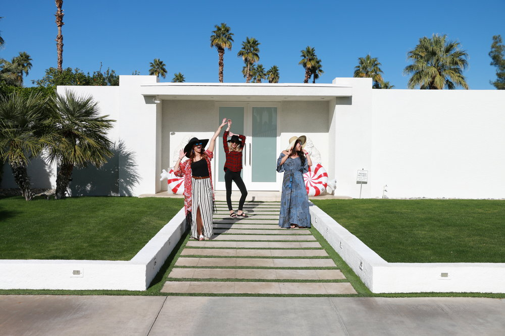 Palm_Springs_Pink_Door_Boho_Girls_5144.JPG