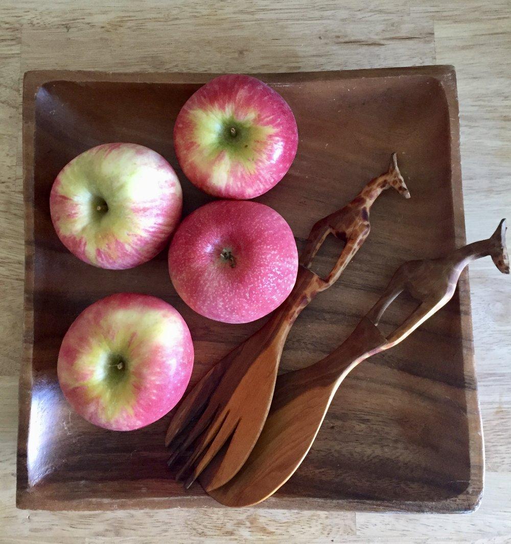 fall_apple_picking_recipe.jpeg