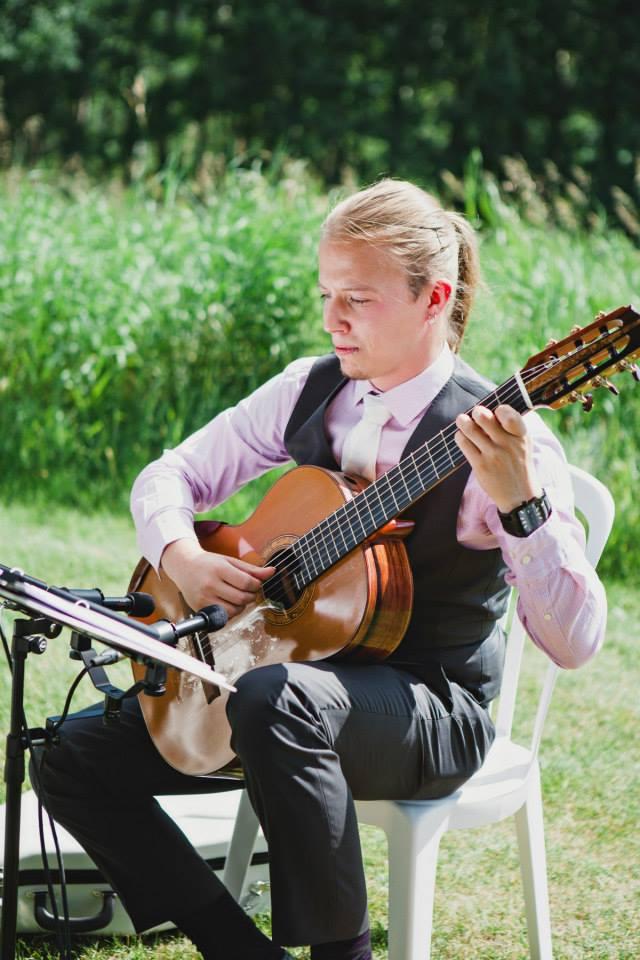 Guitar at a wedding in Calgary
