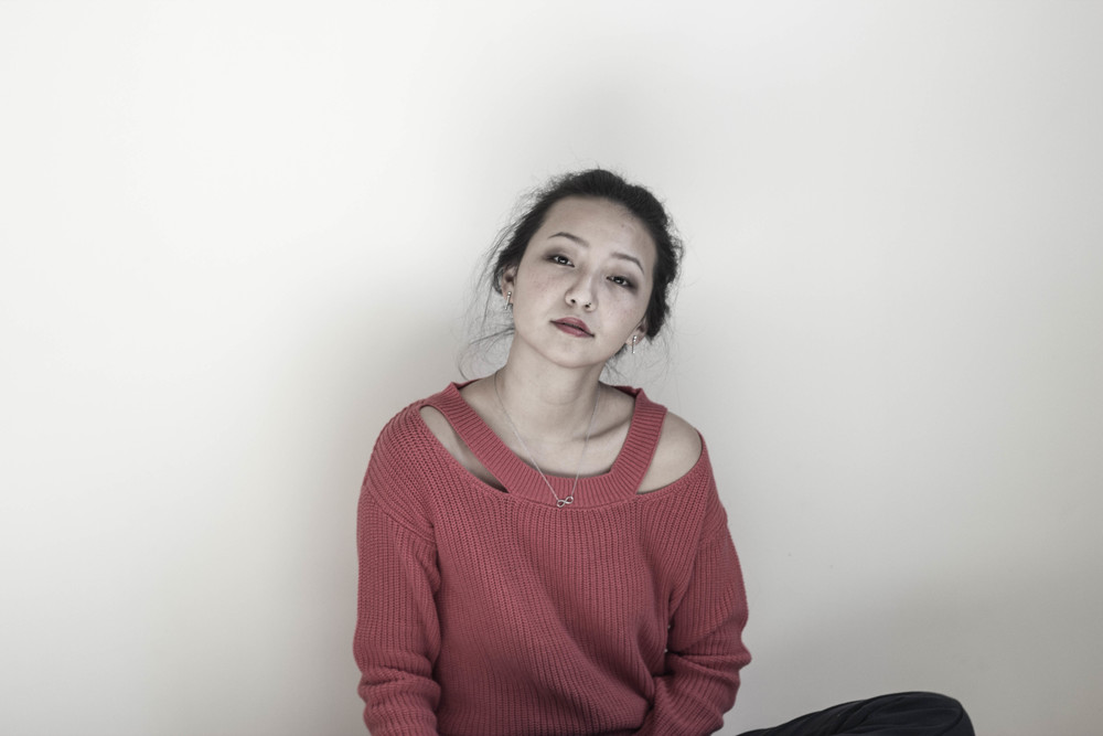 pink_sweater_1.jpg