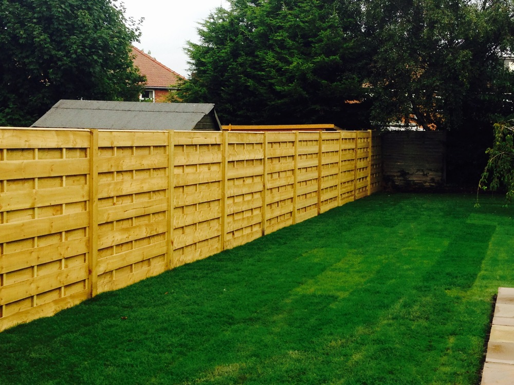 Garden fencing york 1.jpg
