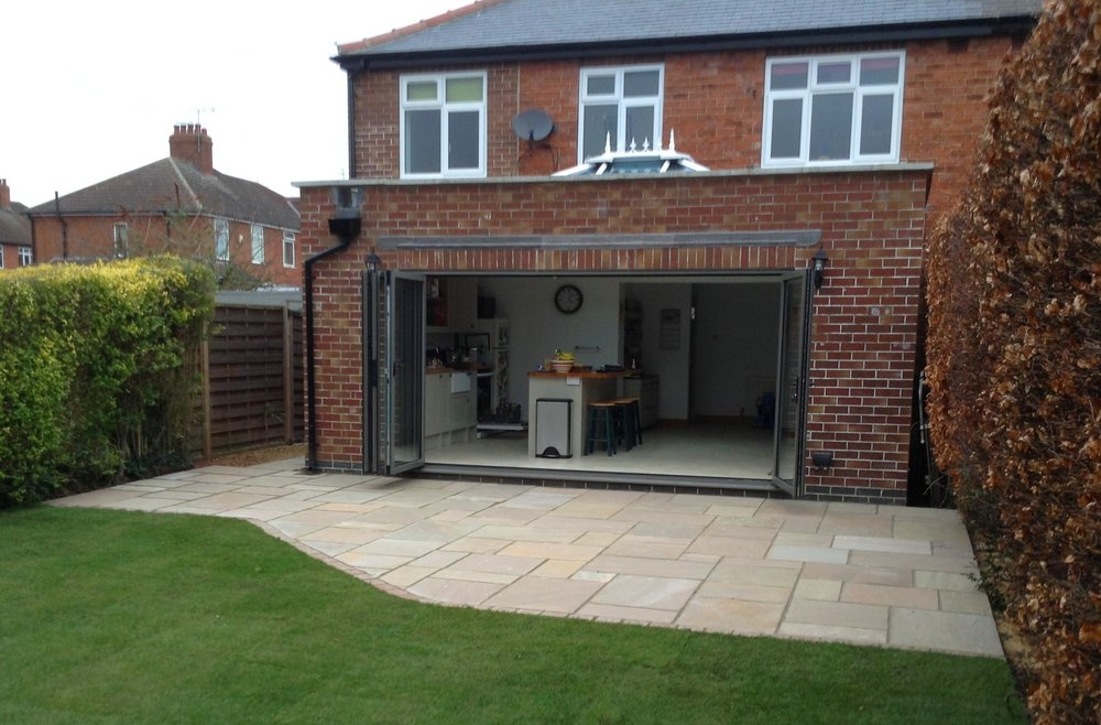 chris rivers turfing paving and patios York 1 .JPG