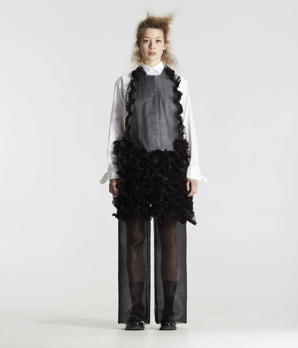 18_GeorgeZenko_20160216_KatieRobertsWood_AW16_Lookbook_16_0153.jpg