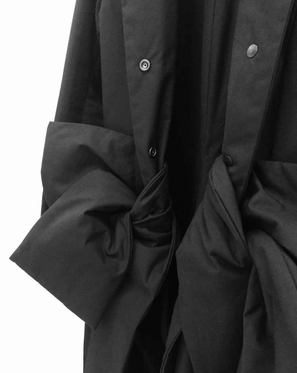 detail padded split bow coat