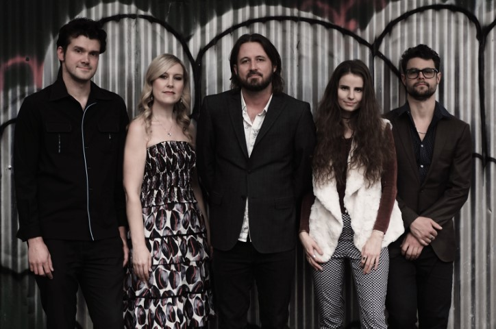 5 piece Lachlan Bryan and The Wildes Press Shot (Small).jpg