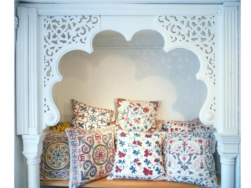 anthony hazledine rugs and textiles, rugs, textiles, ikat, suzani, lechlade, gloucestershire, afghanistan, uzbekistan