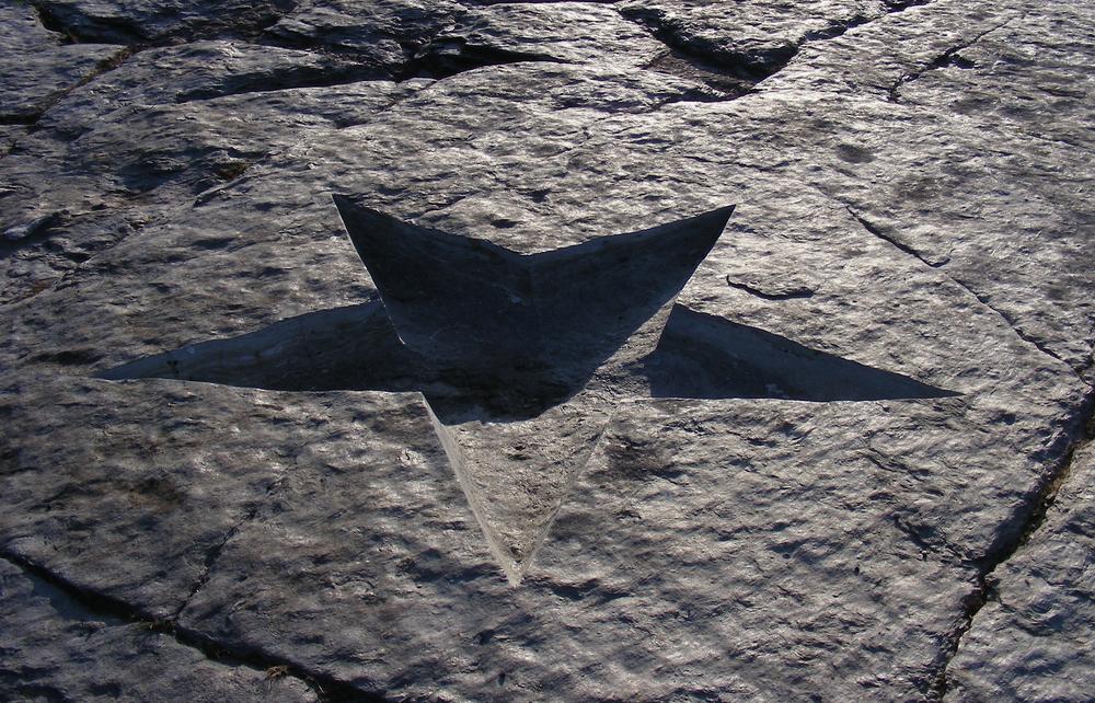 En stjerneskål i grundfjellet.