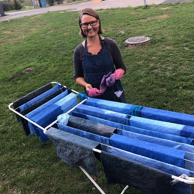 Prosjektet «I det blå» - farging av linlerret med indigo. Snart arbeidsopphold i Svolvær. #theaandenæs