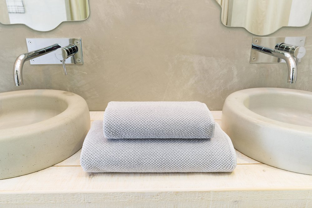 BEE WAFFLE BATH TOWEL MOOD.jpg