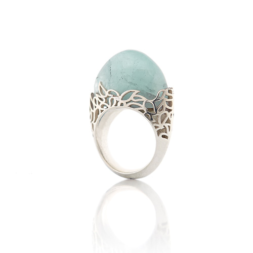 Aquamarine and silver ring