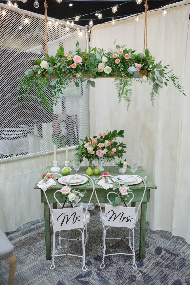 Honeysuckle Hollow Tablescape and Hanging Centerpiece