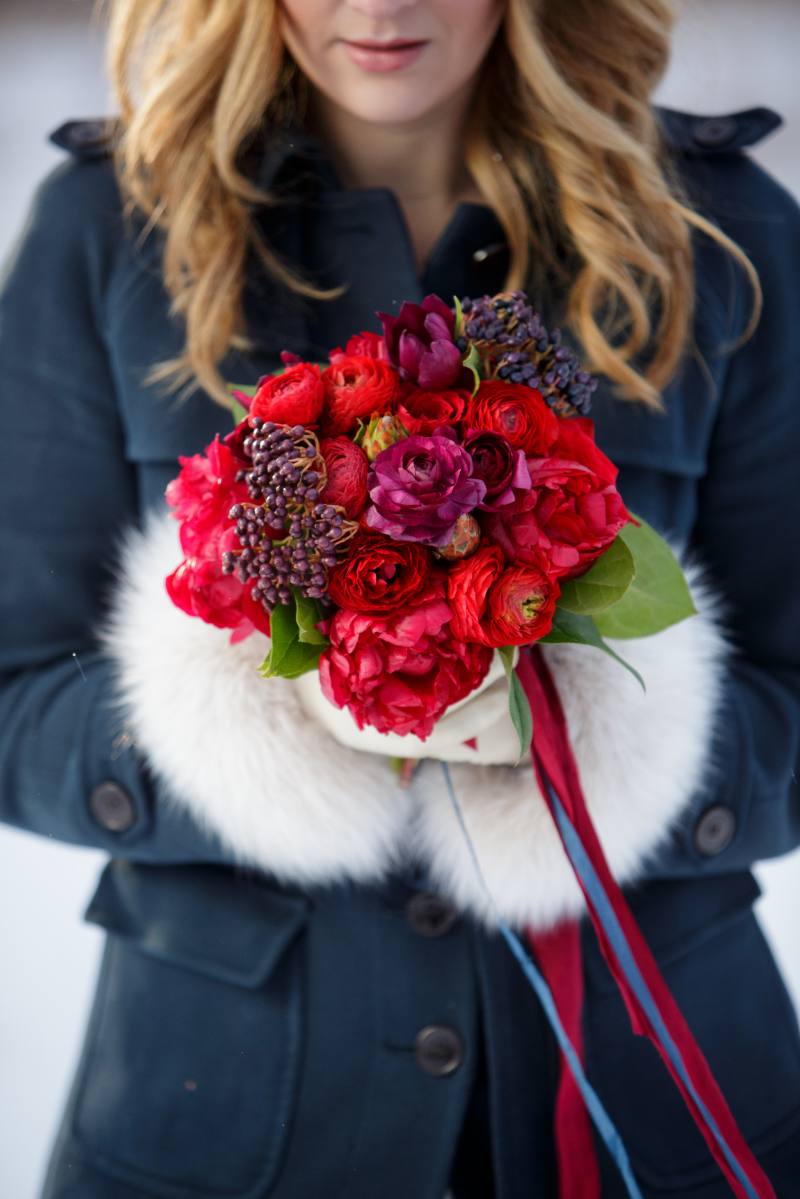 Summer with red bouquet and fur