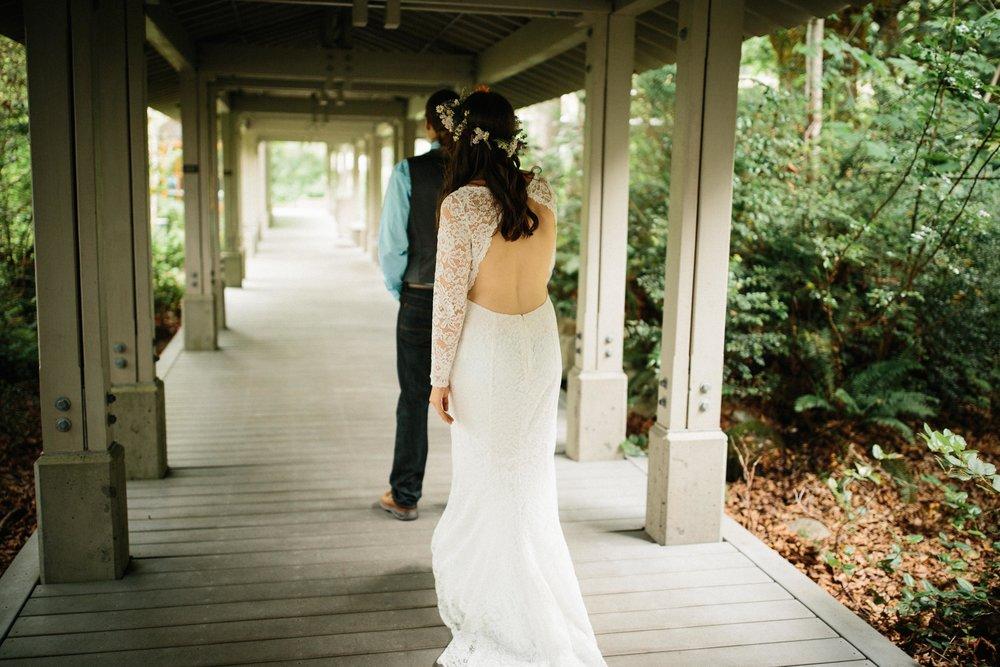 Lindsey&Austin-SneakPeek-BLOG-42.jpg